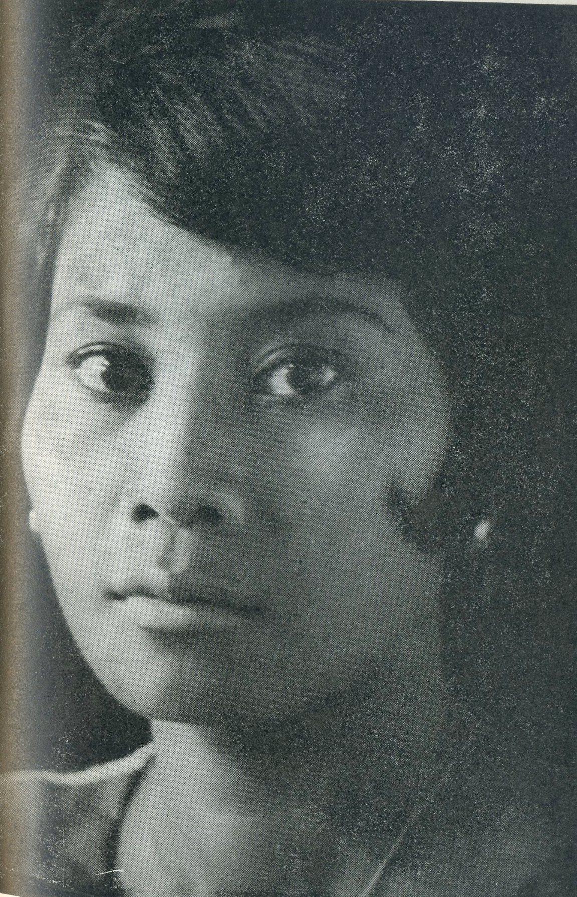 Liliane Nouh Chaia-Issa – Gré Ploeg (boerinnenkostuum, de moeder van Diana Dubois) – Tine Slager (kotomissie) - no6
