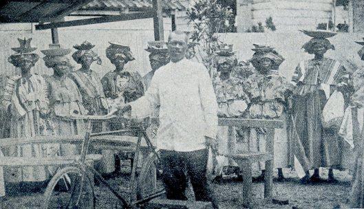 Jacob Morgenstond en marktvrouwen 1913